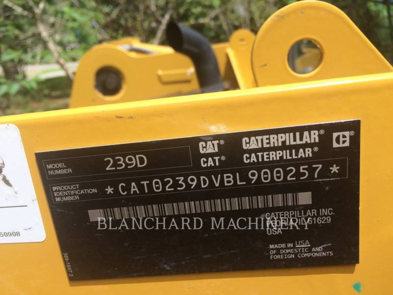 CATERPILLAR MULTI TERRAIN LOADERS 239D equipment  photo 10