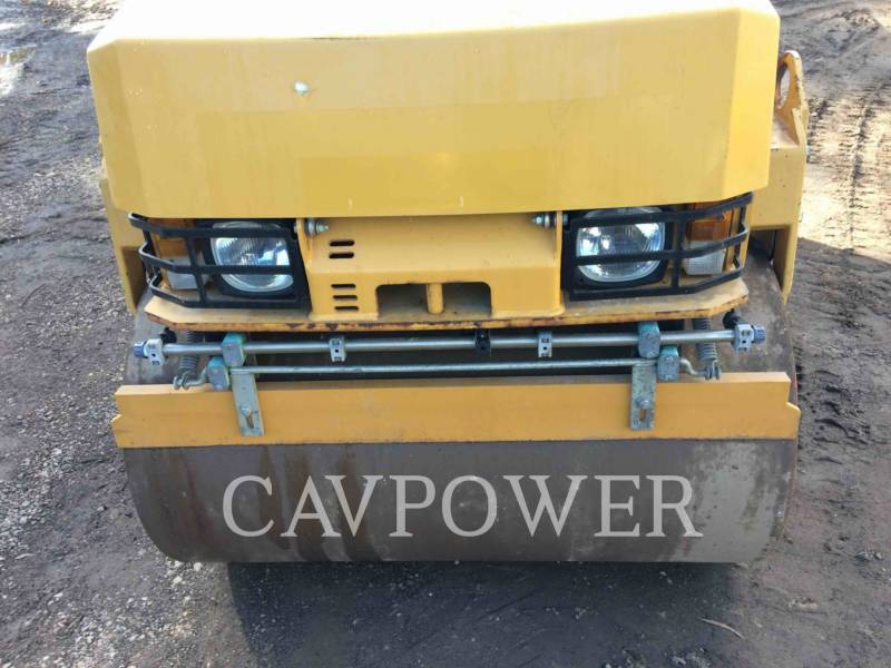 CATERPILLAR VIBRATORY DOUBLE DRUM ASPHALT CB24 equipment  photo 5