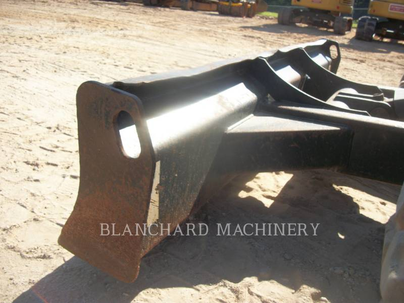CATERPILLAR EXCAVADORAS DE CADENAS 303.5E equipment  photo 5