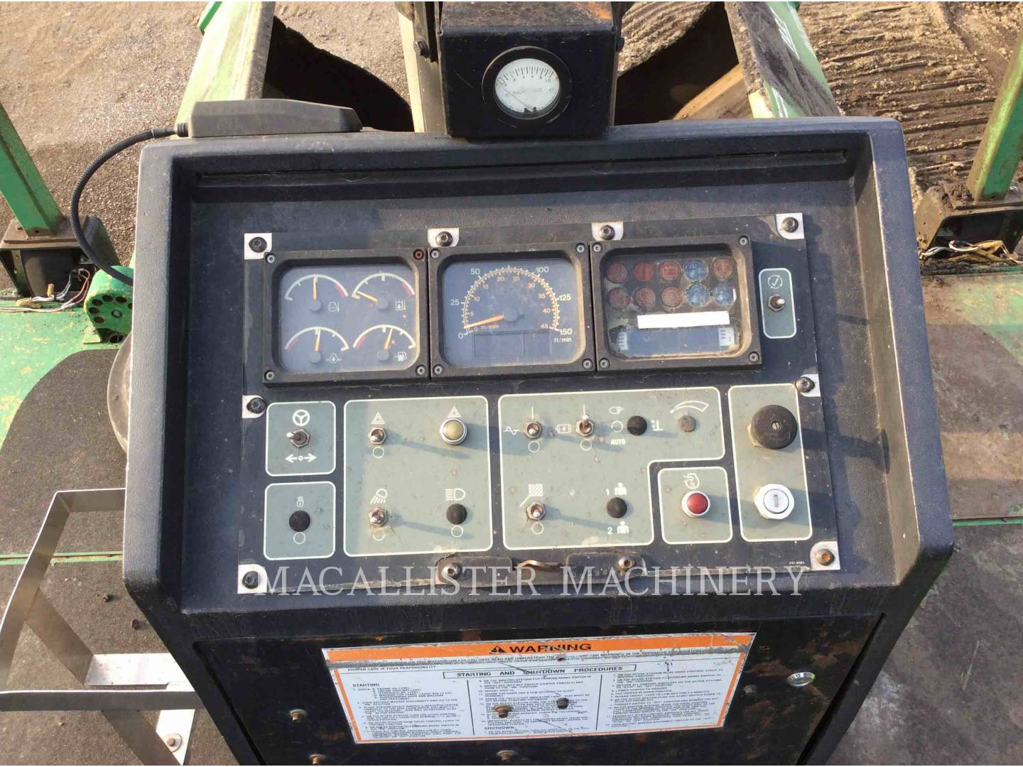 Detail photo of 2005 Barber Greene AP655-C from Construction Equipment Guide
