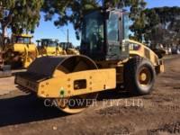 Equipment photo CATERPILLAR CS56 COMPACTEUR VIBRANT, MONOCYLINDRE LISSE 1
