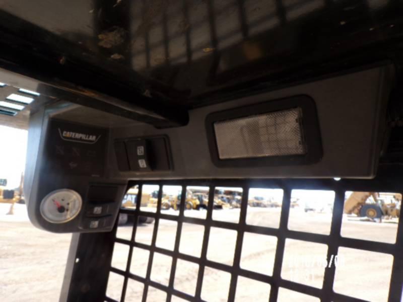 CATERPILLAR SKID STEER LOADERS 226B3 equipment  photo 11