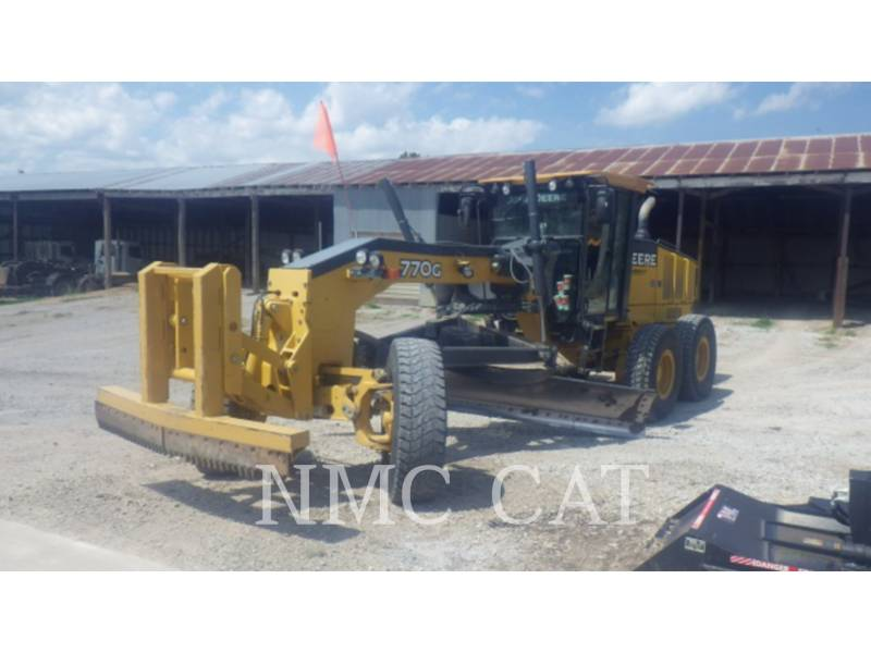 CATERPILLAR NIVELEUSES 770G equipment  photo 1