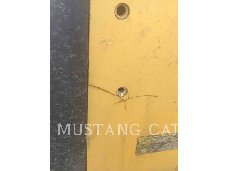 Caterpillar TRACTOARE CU ŞENILE D5K2LGP equipment  photo 11