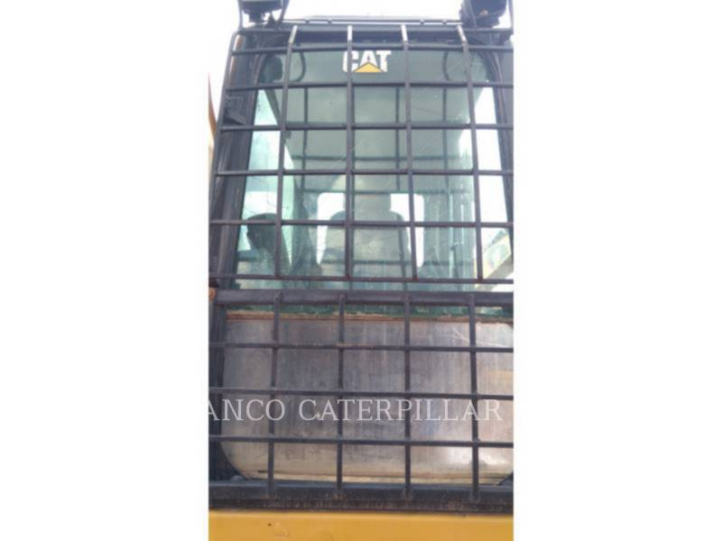 CATERPILLAR TRACK EXCAVATORS 320D2L equipment  photo 12