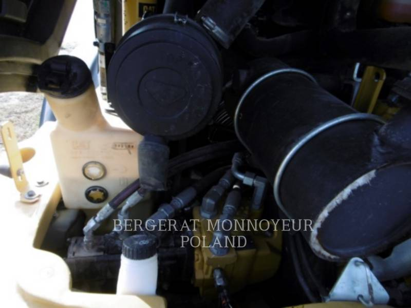 CATERPILLAR CARGADORES DE RUEDAS 906M equipment  photo 8