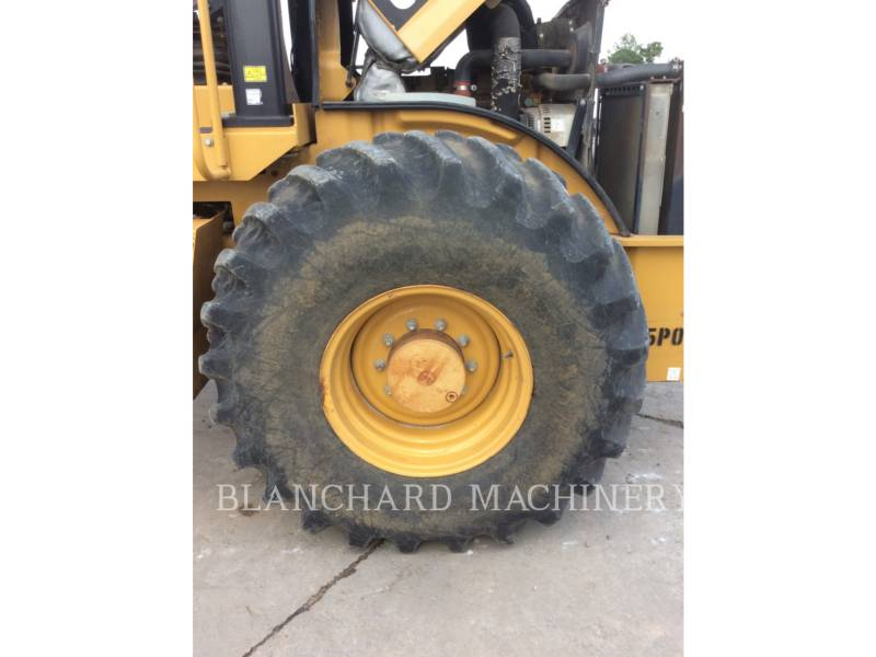CATERPILLAR COMPACTEUR VIBRANT, MONOCYLINDRE À PIEDS DAMEURS CP56 equipment  photo 8