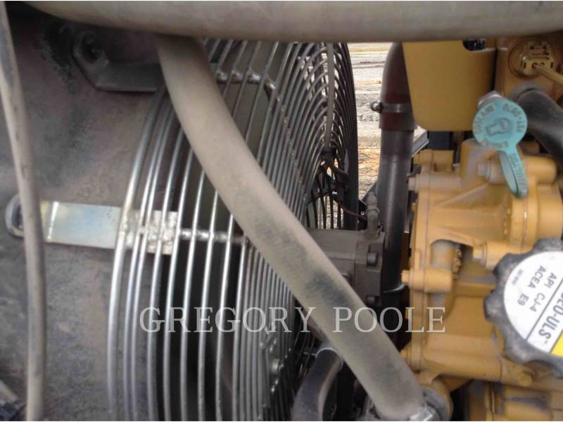 CATERPILLAR VIBRATORY SINGLE DRUM SMOOTH CS54B equipment  photo 16