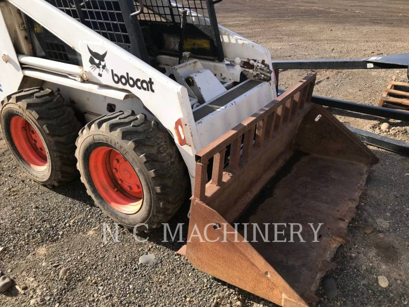 BOBCAT KOMPAKTLADER 743 equipment  photo 1