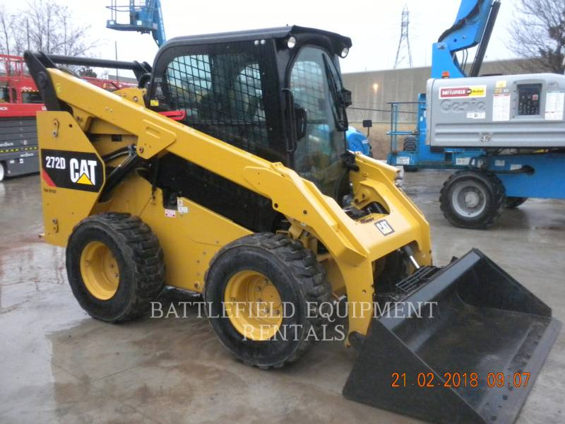 CATERPILLAR KOMPAKTLADER 272D equipment  photo 3