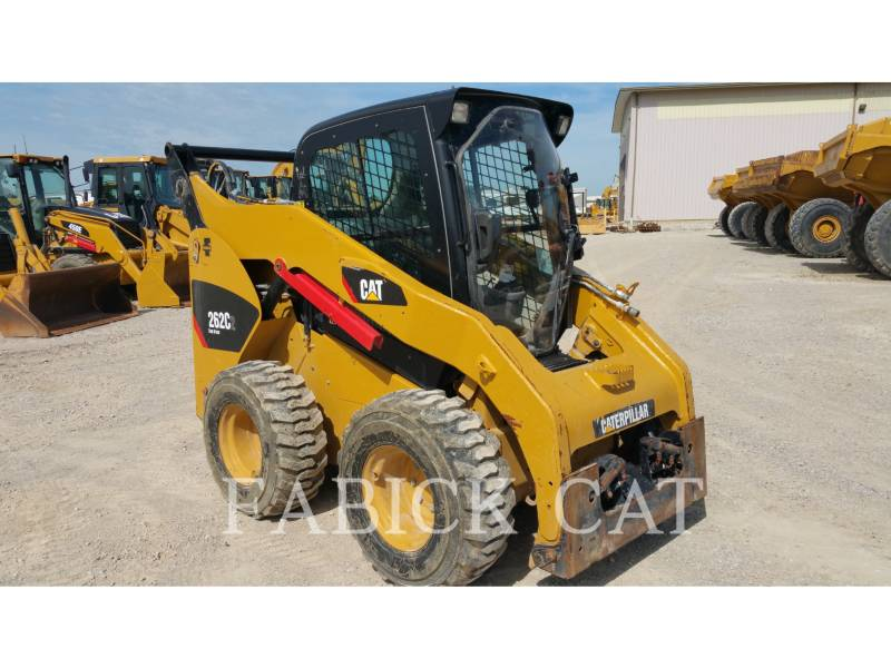CATERPILLAR MINICARREGADEIRAS 262C2 C3 equipment  photo 1