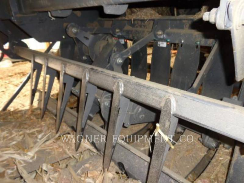 AGCO MATERIELS AGRICOLES POUR LE FOIN LB44B/CHUT equipment  photo 12