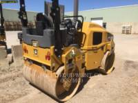 CATERPILLAR VIBRATORY DOUBLE DRUM ASPHALT CB34B equipment  photo 3