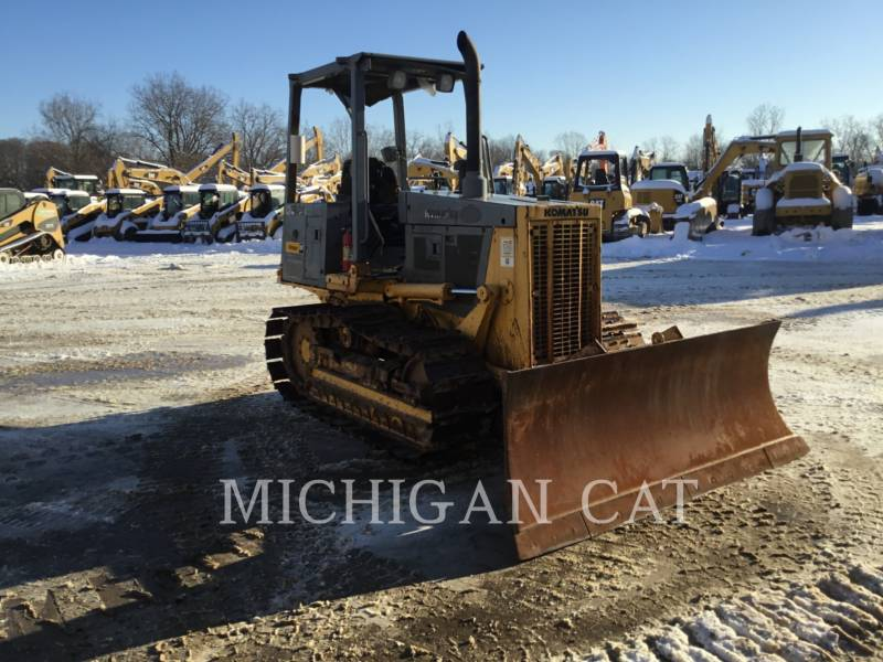 KOMATSU CIĄGNIKI GĄSIENICOWE D32E-1 equipment  photo 2