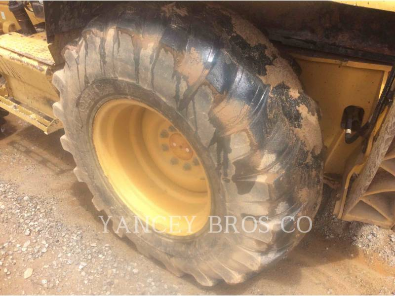 CATERPILLAR SKID STEER LOADERS 416D equipment  photo 9