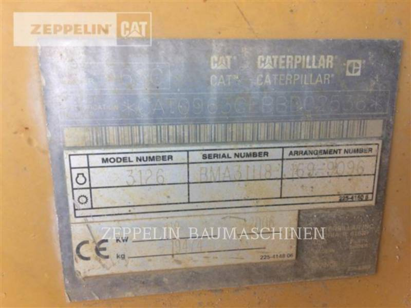 CATERPILLAR CHARGEURS SUR CHAINES 963C equipment  photo 5