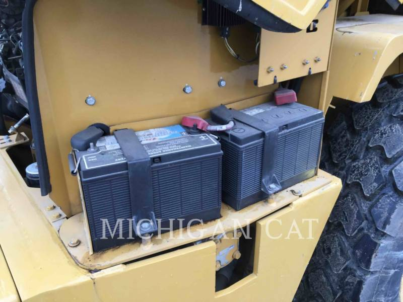 CATERPILLAR PALE GOMMATE/PALE GOMMATE MULTIUSO IT14G equipment  photo 16
