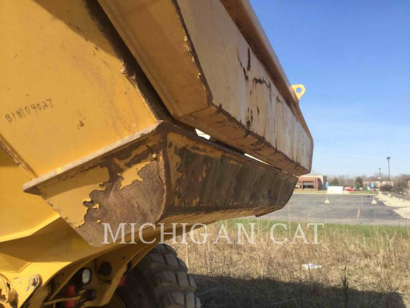CATERPILLAR CAMIONES ARTICULADOS 730 T equipment  photo 14