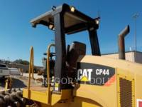 CATERPILLAR VIBRATORY SINGLE DRUM PAD CP-44 equipment  photo 8