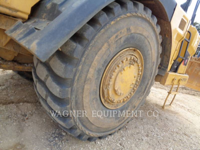 CATERPILLAR WHEEL TRACTOR SCRAPERS 621K equipment  photo 18