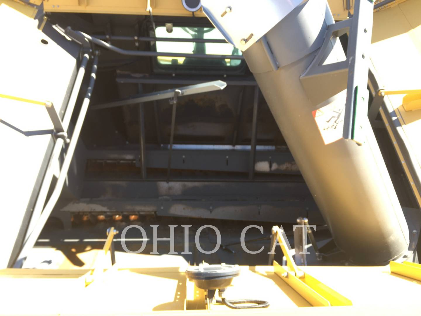 Detail photo of 2013 Claas LEX730 from Construction Equipment Guide