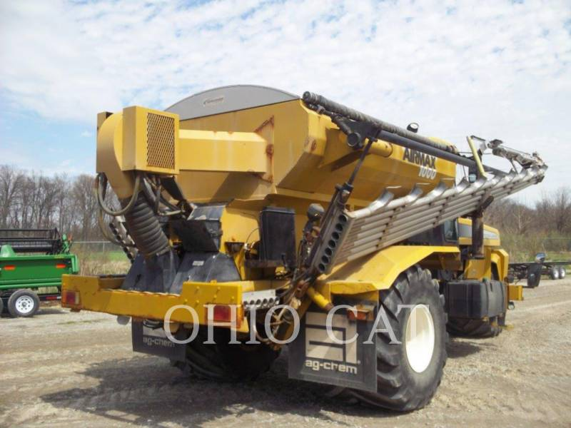 AG-CHEM SPRAYER 8203 equipment  photo 5