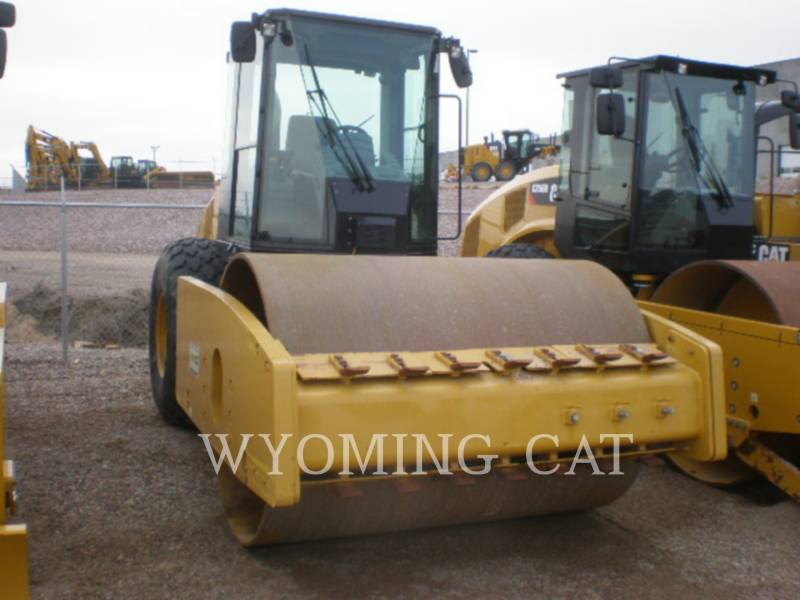 CATERPILLAR VIBRATORY SINGLE DRUM SMOOTH CS64 equipment  photo 1