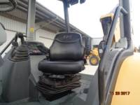 CATERPILLAR BAGGERLADER 420F2IT equipment  photo 16