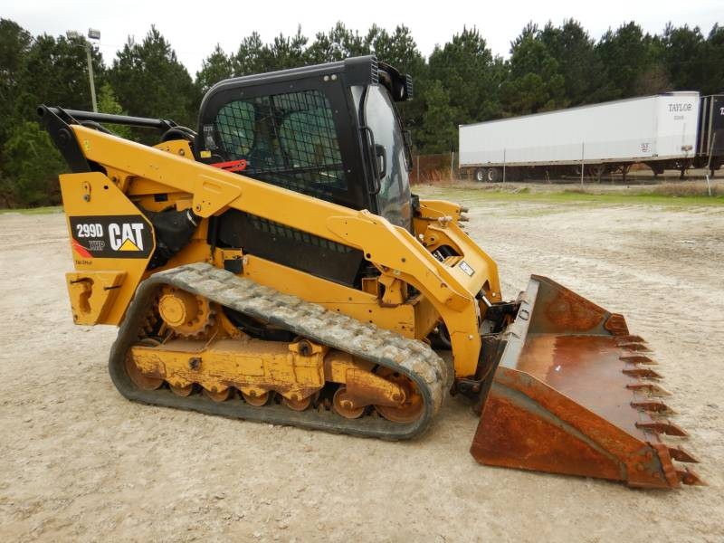 CATERPILLAR CHARGEURS TOUT TERRAIN 299 D XHP equipment  photo 2