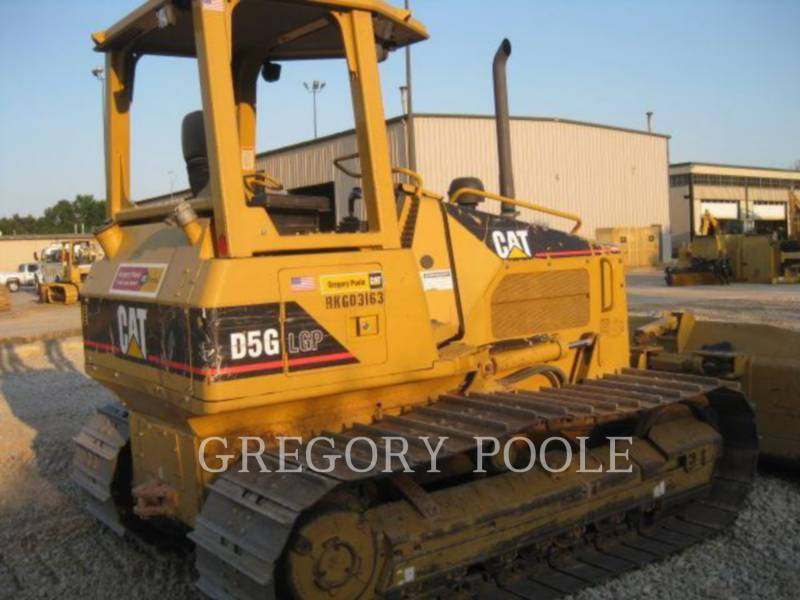 CATERPILLAR TRACK TYPE TRACTORS D5G LGP equipment  photo 8