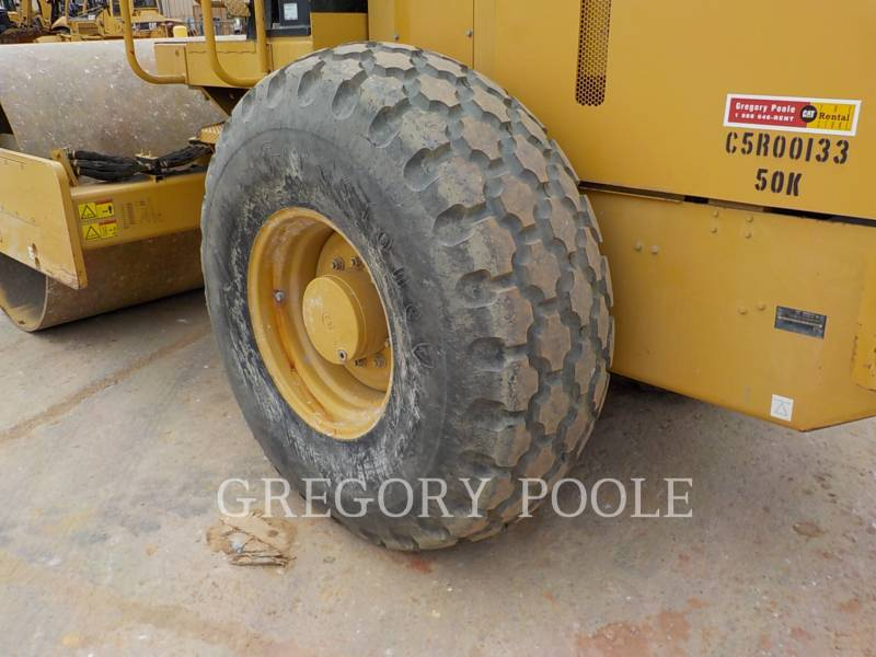 CATERPILLAR VIBRATORY SINGLE DRUM SMOOTH CS-54 equipment  photo 19