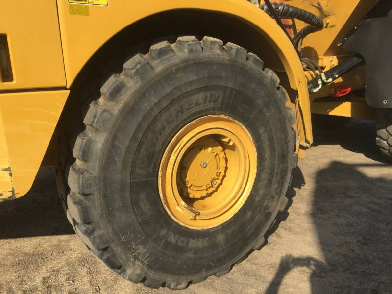 CATERPILLAR CAMIONES ARTICULADOS 740B equipment  photo 12