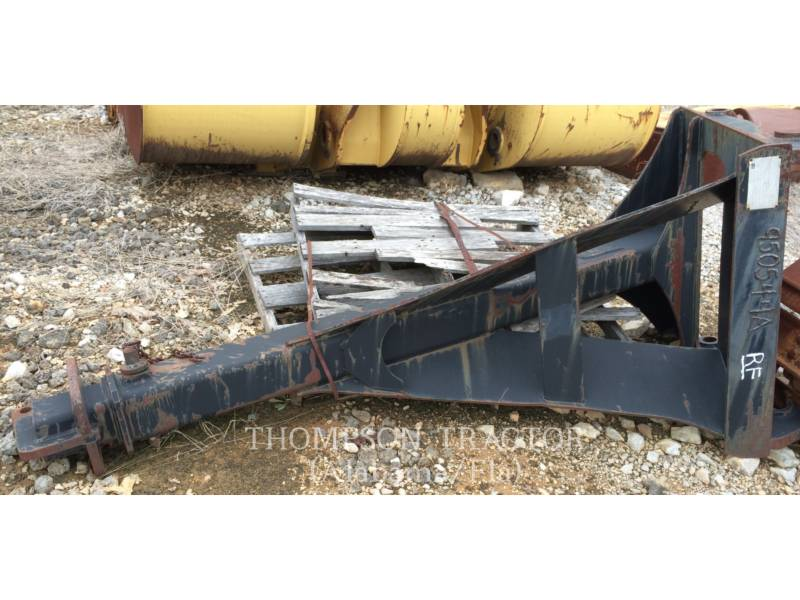 CAT WORK TOOLS (NON-SERIALIZED) WT - LANÇA IT38G 103 INCH  MATERIAL HANDLER BOOM equipment  photo 1