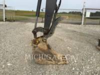 JOHN DEERE PELLES SUR CHAINES 60G equipment  photo 10