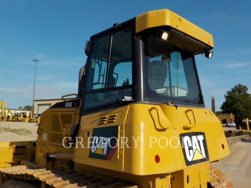 CATERPILLAR TRACK TYPE TRACTORS D6K XL equipment  photo 10