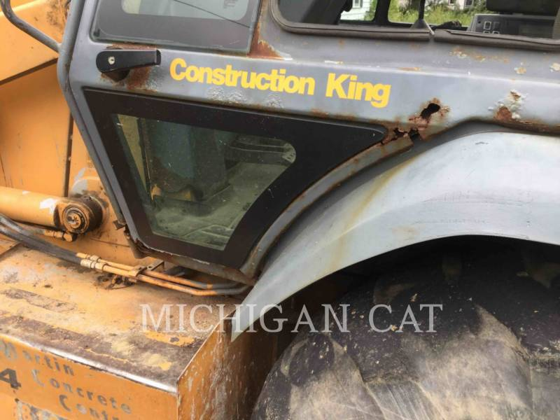 CASE BACKHOE LOADERS 580SL equipment  photo 24