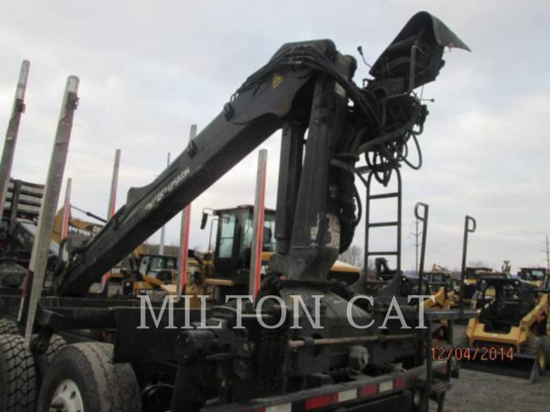 PRENTICE HOLZLADER LOG LOADER equipment  photo 3
