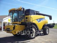 CASE/NEW HOLLAND COMBINES CR9040 equipment  photo 1