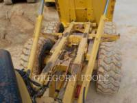 CATERPILLAR ARTICULATED TRUCKS 725 equipment  photo 14