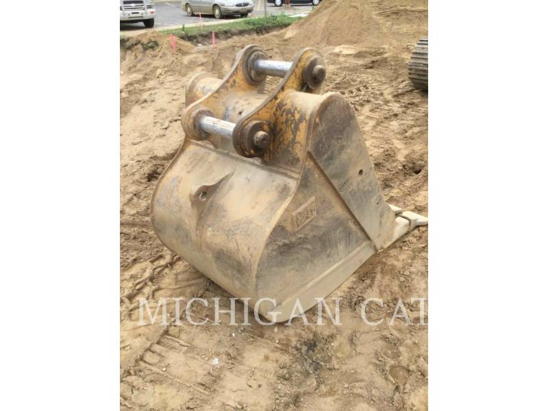 CATERPILLAR TRACK EXCAVATORS 322BL equipment  photo 22