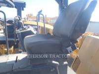 CATERPILLAR COMPACTEURS TANDEMS VIBRANTS CB-564D equipment  photo 3
