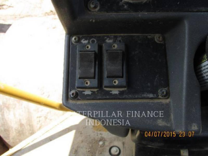 CATERPILLAR COMPACTADORES DE SUELOS CS-533E equipment  photo 9