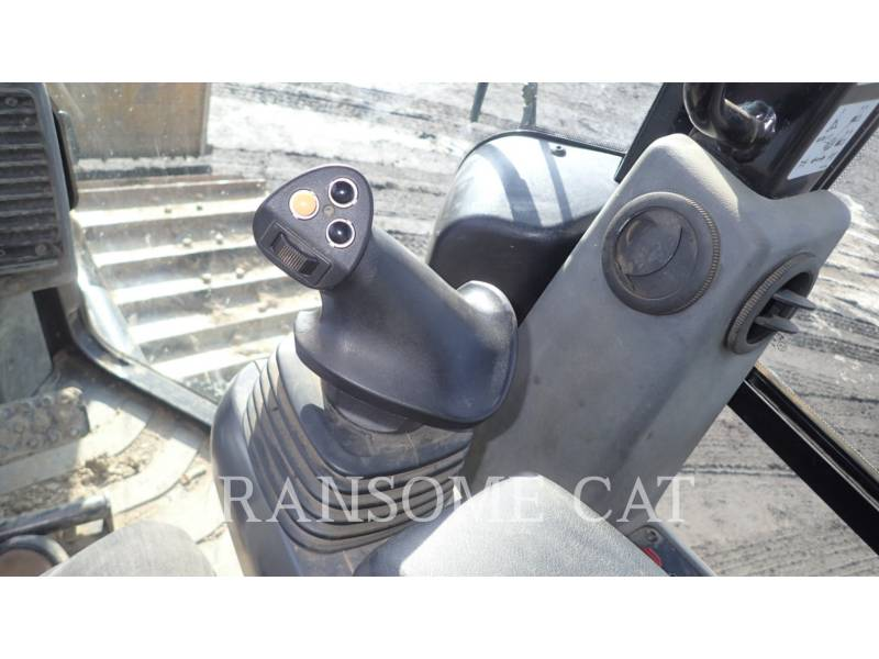 CATERPILLAR TRACTORES DE CADENAS D5K2LGP equipment  photo 22