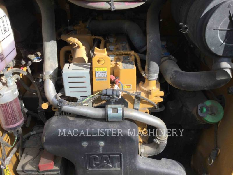 CATERPILLAR CHARGEURS TOUT TERRAIN 279D equipment  photo 9