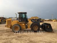 DEERE & CO. WHEEL LOADERS/INTEGRATED TOOLCARRIERS 624J equipment  photo 5
