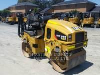 Equipment photo CATERPILLAR CB22BLRC 振动双碾轮沥青设备 1