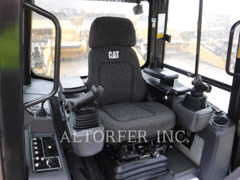 CATERPILLAR ブルドーザ D6K LGP equipment  photo 9