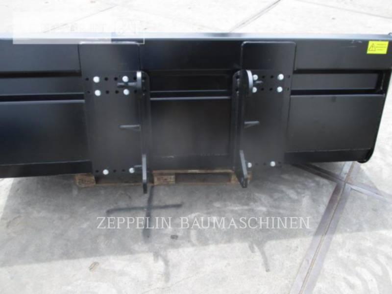 CATERPILLAR TELEHANDLER TH417CGC equipment  photo 14