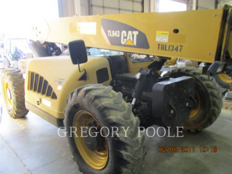 CATERPILLAR TELEHANDLER TL943 equipment  photo 2