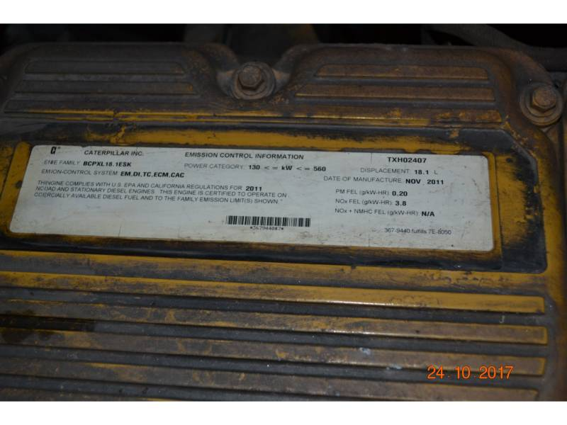 CATERPILLAR EXCAVADORAS DE CADENAS 390DL equipment  photo 2